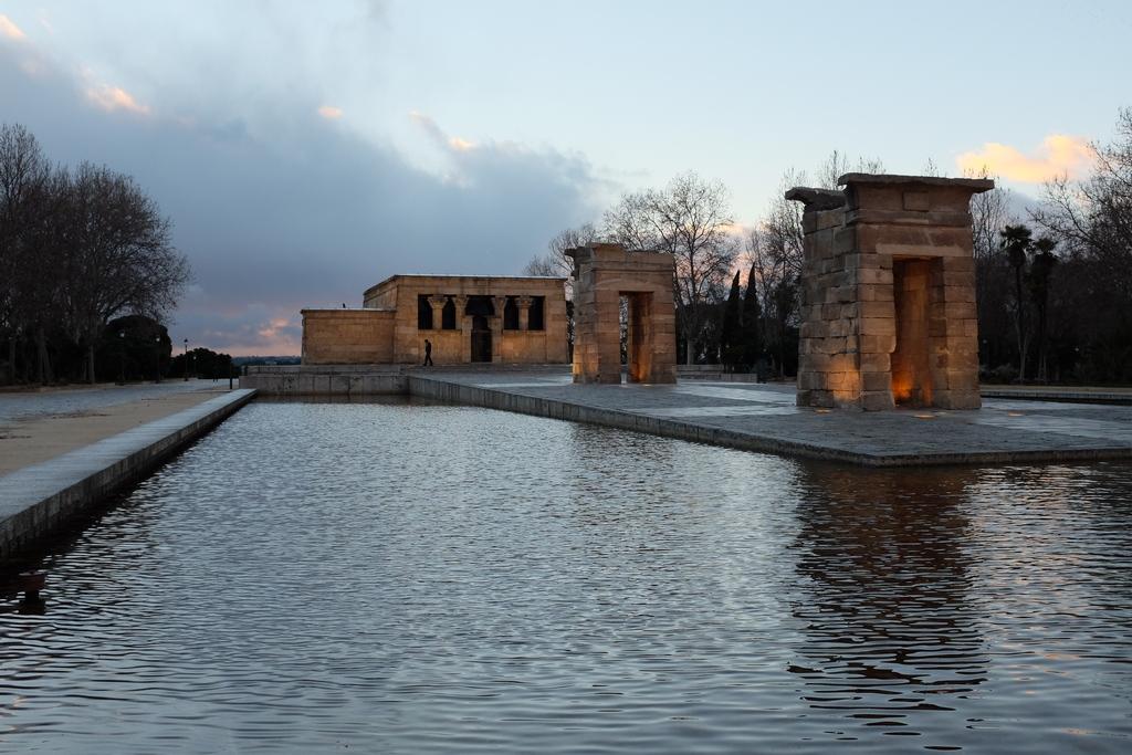 Templo de Debod Madridea Miguel de Pereda2