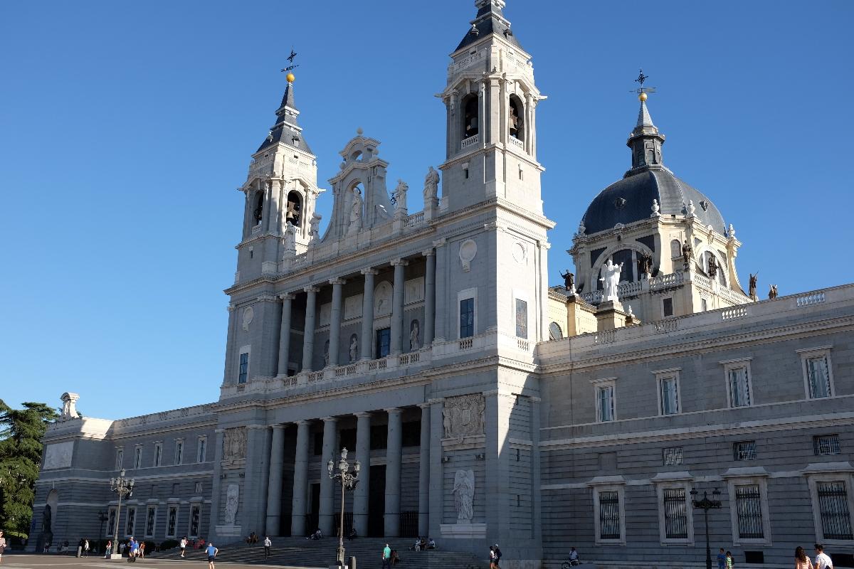 catedral.almudena_madrid_madridea_miguel.pereda